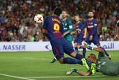 Ronaldo tỏa sáng, Barcelona thua tan tác siêu kinh điển
