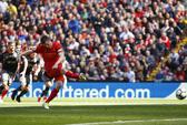 Milner đá hỏng 11 m, Liverpool chia điểm Southampton
