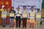 Khen thưởng nhóm ngư phủ cứu 14 người chìm ca nô