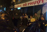 """Thu giữ kho vũ khí """"khủng"""" giữa TP Nha Trang"""