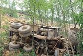 Xe tải lao xuống vực sâu 100 m, 4 người tử vong tại chỗ