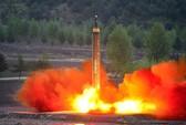 """Thử nghiệm thất bại, tên lửa Triều Tiên """"nổ tung trên khu dân cư""""?"""