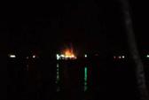 Tàu cá chở 10.000 lít dầu cháy rụi ở Phú Quốc, thiệt hại 13 tỉ