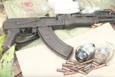 Đấu súng với nhóm buôn ma túy có AK và lựu đạn, tiêu diệt 1 đối tượng