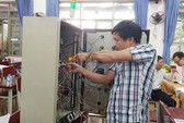 Tôn vinh thợ giỏi ngành điện