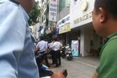 Dùng súng cướp ngân hàng  ở quận Bình Thạnh