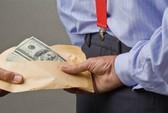 Nhận hơn 3 tỉ đồng của đối tượng lừa đảo liệu có vô can?