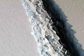 Băng nứt hé lộ thế giới chưa từng biết ở Nam Cực
