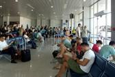 Mùng 3 Tết, nhiều chuyến bay delay vì thời tiết xấu