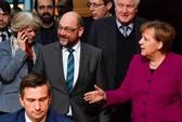 Bà Merkel nhượng bộ lớn,