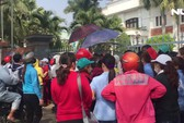 Hàng ngàn công nhân hốt hoảng khi cận Tết, công ty bất ngờ đóng cửa!