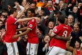M.U - Liverpool 2-1: Klopp chê trọng tài, Mourinho