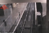 Tàu ma đón khách ở sân ga Trung Quốc?