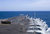 Hình ảnh mới nhất trên Biển Đông của tàu sân bay Mỹ sắp đến Việt Nam