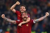 AS Roma gây địa chấn loại Barca, Man City thua tiếp Liverpool