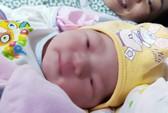 Sản phụ đầu tiên được nong vòi tử cung đã sinh con tự nhiên