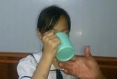 Chấm dứt hợp đồng lao động với cô giáo phạt học sinh uống nước vắt từ ghẻ lau