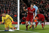 Thua tan tác tại Liverpool, Man City còn quá ít hy vọng