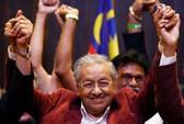 Bầu cử Malaysia: Cựu Thủ tướng 92 tuổi Mahathir thắng vang dội