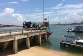 Bị lưới quấn vào chân kéo xuống biển, một ngư dân tử vong