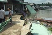 Lại sạt lở bờ sông Ô Môn, 5 căn nhà bị