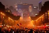Dân Pháp ăn mừng sáng đêm vì ngôi vương World Cup