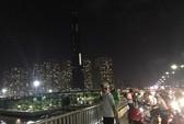Một thanh niên nhảy cầu Sài Gòn nghi thua cá độ Word Cup