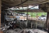 TP HCM: 2 ôtô cháy rụi trong bãi giữ xe rộng khoảng 1000 m2
