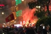 Clip: TP HCM vỡ òa sau chiến thắng lịch sử của Olympic Việt Nam