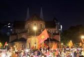 Mừng kỳ tích Olympic Việt Nam: Người hâm mộ không ngủ