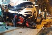 Tránh học sinh, xe 4 bánh tông 2 người chết, 4 người bị thương
