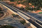 Không thu phí xa lộ Hải Phòng-Hạ Long nhưng lại mất phí qua cầu