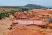 Flycam: Mỏ khai thác titan băm nát bãi biển Bình Thuận