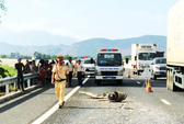 Va chạm trên đường cao tốc Đà Nẵng- Quảng Ngãi: 50 hành khách một phen hú vía