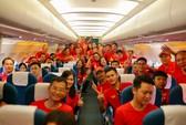Hơn 300 CĐV bay sớm sang Indonesia