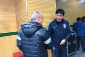 HLV U23 Hàn Quốc lễ phép với