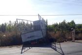 Xe tải gãy trục, tông 3 chị em trong một gia đình tử vong