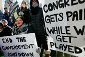 Mỹ: Chính phủ đóng cửa, nhân viên liên bang rao bán tài sản