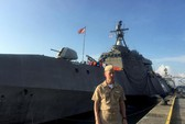 Mặc Trung Quốc dọa, tàu sân bay Mỹ