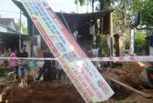 Đào đường trúng bom phát nổ, nhiều nhà dân bị hư hỏng