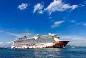 Hai tàu khách khổng lồ liên tiếp cập cảng Việt Nam