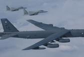 Mỹ đưa B-52 đến gần các