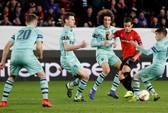 Thua ngược Rennes trên đất Pháp, Arsenal mơ theo bước Man United