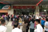 Cháy ở chung cư HH Linh Đàm,  người dân nháo nhác bỏ chạy