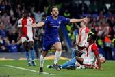 Rượt đuổi 7 bàn, Chelsea suýt trả giá đắt tại Europa League