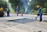 Hơn 30 công nhân dự thi duy tu, sửa chữa đường bộ giỏi