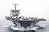 """Máy bay không người lái Iran """"lởn vởn"""" trên các tàu chiến Mỹ"""