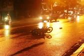 Tai nạn với xe tải, 2 người nguy kịch