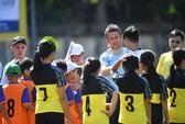 CLB Manchester City lại đến với các em nhỏ làng SOS tại Việt Nam