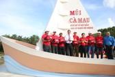 Một triệu lá cờ Tổ quốc cùng ngư dân bám biển: Biểu hiện của sức mạnh đoàn kết toàn dân